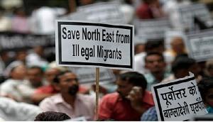 नागरिकता विधेयक के खिलाफ नेहू का प्रदर्शन जारी