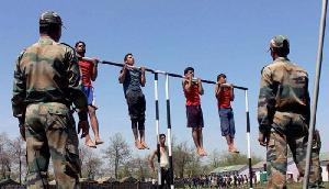 BSF में निकलीं बंपर भर्ती, दसवीं पास भी कर सकते हैं आवेदन