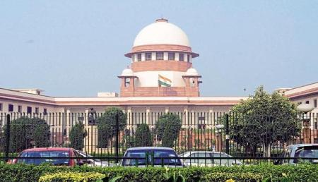 CJI यौन उत्पीड़न मामले में बेंच ने साजिश का दावा करने वाले वकील से मांगा जवाब