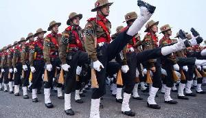 Assam Rifles के मेजर जनरल हुए बर्खास्त, पेंशन से भी धोना पड़ा हाथ, जानिए क्यों