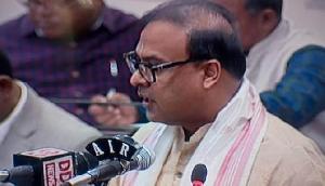 विभूति भूषण और रंजन महंत कांग्रेस छोड़ भाजपा में शामिल