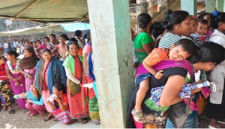 त्रिपुरा पूर्व लोकसभा सीट में हुआ भारी मतदान, 75 पार पहुंचा आकड़ा