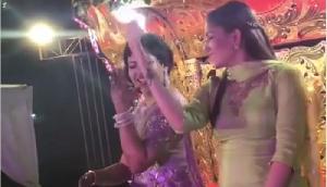 सपना चौधरी ने एक शादी में लगाए ठुमके, संग दुल्हन भी करने लगी डांस