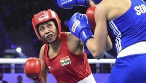 एशियाई मुक्केबाजी: निखत ने 2 बार की विश्व चैम्पियन को हराया