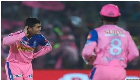 अपना पहला विकेट लेेने पर इस क्रिकेटर ने कुछ इस तरह मनाया जश्न