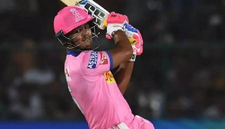 IPL: धोनी ने रियान को किया आउट, कभी उसके पिता को भी बनाया था शिकार