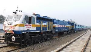 ट्रेन से करने जा रहे हैं सफर, तो हो जाएं सावधान, रेलवे ने लिया बड़ा फैसला