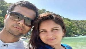 अभी तक नहीं आई लापता विमान की कोई खबर, पायलट पति के इंतजार में पत्नी का हुआ बुरा हाल
