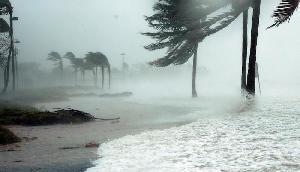 कई राज्य में मानसून की दस्तक, 70 Kmph की रफ्तार से आंधी-तूफान के साथ भयंकर बारिश