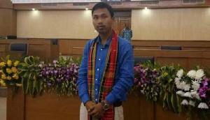 महिला के साथ दुष्कर्म के आरोप से घबराया विधायक, तुरंत मंदिर में रचाई शादी