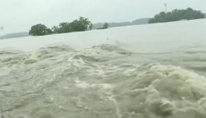 चीन की वजह से खतरे में आए भारत के गांव, नदी ने लिया विकराल रूप
