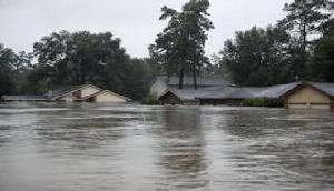 बाढ़ ने ली 150 लोगों की जान, 1.15 करोड़ लोगों पर मंडरा रहा खतरा