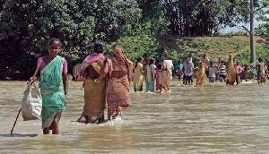 भारी बारिश का कहर, महज चार दिन में 10 हजार लोग हुए बेघर