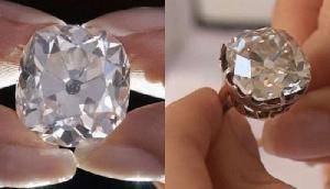 महिला ने सड़क किनारे से खरीदी थी अंगूठी, 13 साल बाद एक ही झटके में बन गई करोड़पति