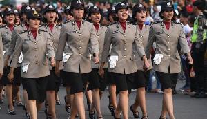 पुलिस में भर्ती होने के लिए महिलाओं को देना पड़ता है ऐसा गंदा टेस्ट, कई देशों में है बैन