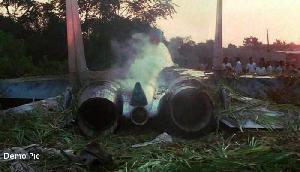असम के तेजपुर में क्रेश हुआ भारतीय सेना का सुखोई फाइटर प्लेन, पायलट घायल