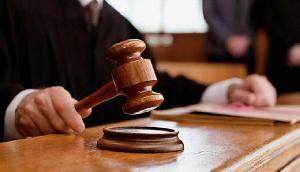आखिर काला कोट क्यों पहनते हैं वकील, जानिए क्या है कारण