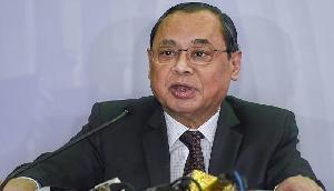 CJI रंजन गोगोई ने CBI में राजनीतिक हस्तक्षेप को लेकर दिया बड़ा बयान, जानिए कहा...