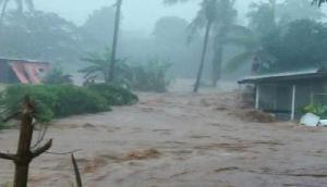 बाढ़ की चपेट में 12 राज्य, अभी और बिगड़ सकते हैं हालात
