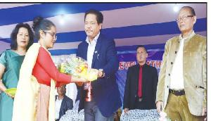इस राज्य के मुख्यमंत्री ने कहा, शिक्षा क्षेत्र को बेहतर करना सरकार की सर्वोच्च प्राथमिकता