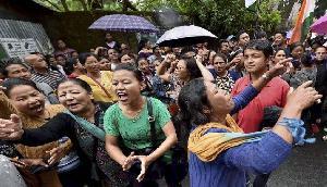 NRC को लेकर असम में विरोध प्रदर्शन, 12 घंटे का बंद