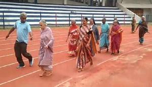 गजब! 72 साल की महिला ने जीती 200 मीटर रेस, पहले भी मिले हैं कई मेडल और अवॉर्ड