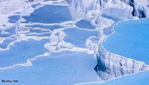 पहेली हैं गर्म पानी के ये झरने,  37 डिग्री से 100 डिग्री के बीच रहता है तापमान