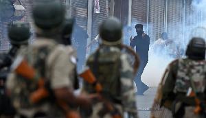 अब उग्र प्रदर्शनकारियों की खैर नहीं, आसू गैस के हथगोल की जगह सेना प्रयोग करेगा ऐसा बम