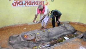 भारत के इस गांव का नाम है 'रावण', लोग अपनी गाड़ियों पर लिखवाते हैं जय लंकेश