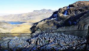 ये है दुनिया का सबसे ऊंचाई पर बसा शहर, खतरों के बीच खुशी-खुशी रहते हैं लोग