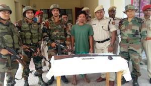 सुरक्षा बलों की बड़ी कामयाबी, अवैध हथियार के साथ उग्रवादी गिरफ्तार