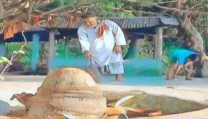 गजब! ये मुस्लिम परिवार 7 पीढ़ियों से कर रहा है मंदिर की देखभाल, देखने वालों का लगता है ताता