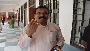 पूर्व मुख्यमंत्री को चुनाव से पहले सुप्रीम कोर्ट ने दिया तगड़ा झटका