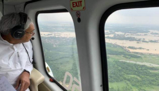 मुख्यमंत्री ने किया हवाई सर्वेक्षण, अधिकारियों को दिए आवश्यक दिशा-निर्देश
