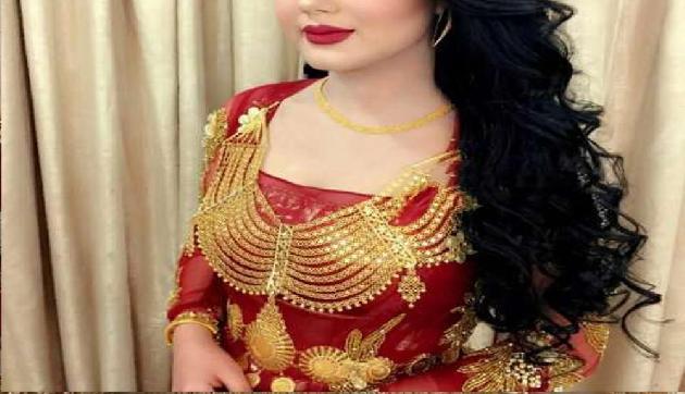 Gold से बनी ये Dresses देख दंग रह जाएंगे आप, कीमत भी होगी करोड़ो में