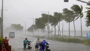 अगले 24 घंटे होंगे बेहद खतरनाक, कई राज्यों में धांधी-तूफान की चेतावनी जारी