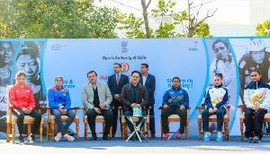 उभरती महिला एथलीटों से मिले मोदी के मंत्री, किया इस तरह से सम्मानित