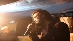 लोगों को भड़काते शख्स का विडियो तेजी से वायरल, भारत के लिए कही रोंगटे खड़े कर देने वाली बात