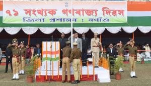 असम के वित्तमंत्री हिमंता बिस्व सरमा ने नगांव में फराया तिरंगा, लिया Guard of Honor