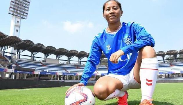 भारत की महिला फुटबॉलर पर विदेशी क्लब ने बरसाया पैसा, अब दुनिया देखेगी कमाल का हुनर