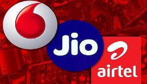 बदल चुका है ट्रेंड, जानिए Airtel, Vodafone और Jio में किसका प्लान है बेहतर