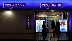 येस बैंक के ग्राहकों के लिए खुशखबरी, मोदी के मंत्री ने दिया बड़ा बयान