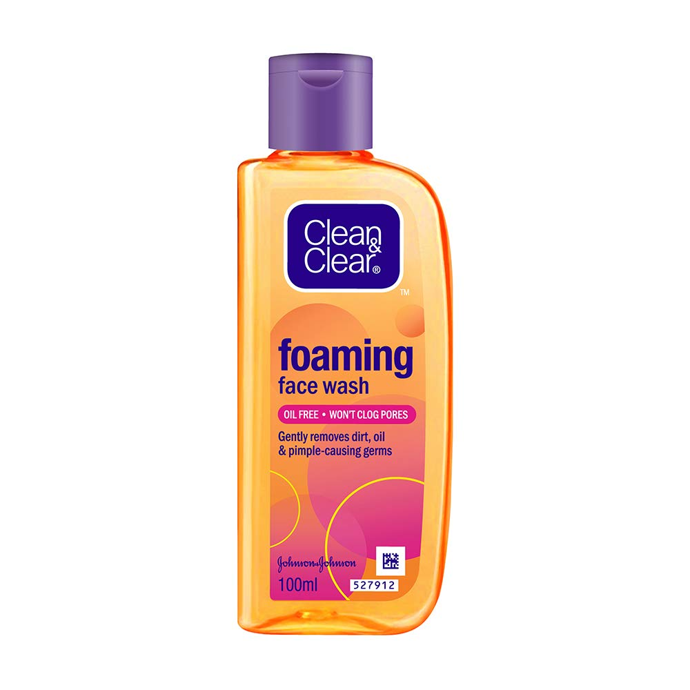 Clean & Clear Foaming Face Wash For Oily Skin.
