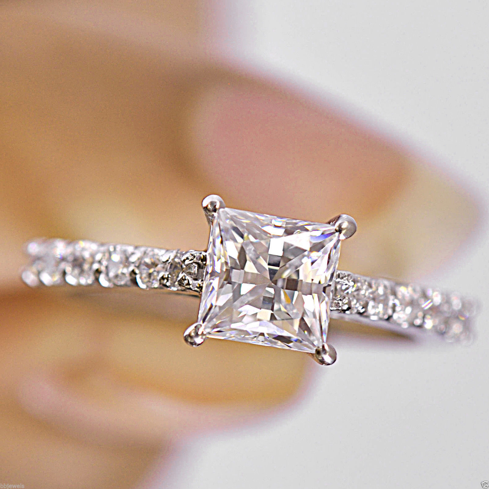 Brillaint-Princess-Cut-2-50-TCW-Solitaire-Engagement-Ring-in-14k-White-Gold-Over