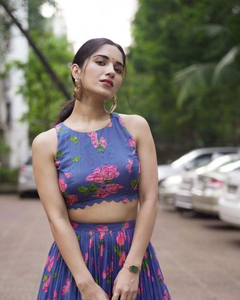 Ruhani Sharma Latest Pictures 7