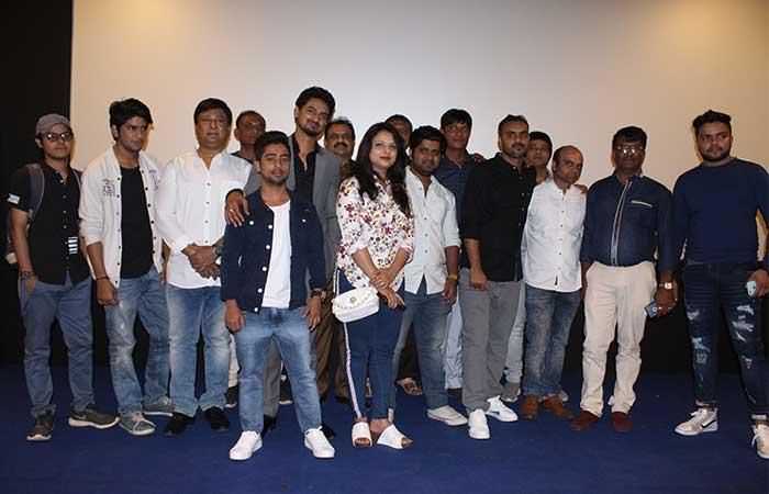 निर्देशक अभिनव ठाकुर की हिंदी फिल्म 'यह सुहागरात इम्पॉसिबल' का ट्रेलर लांच