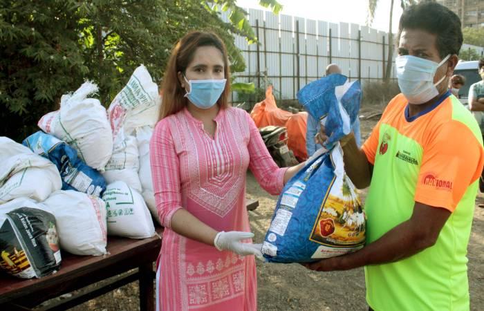 कोरोना वायरस के विरूद्ध लड़ाई में अभिनेत्री क्रेसी सिंह की नेक पहल
