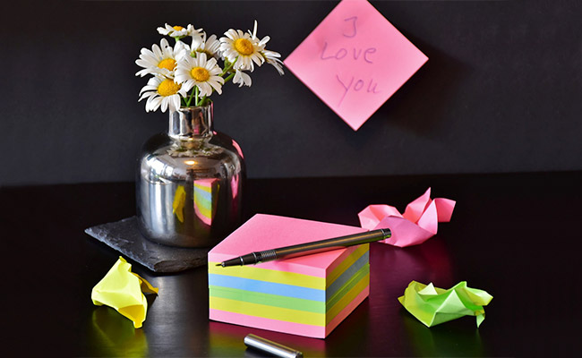 Unique Box of Love Notes