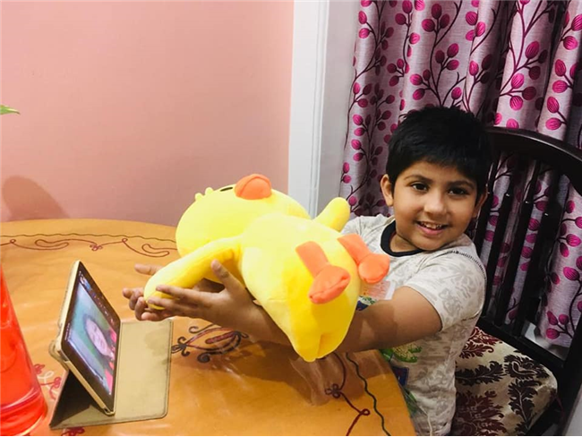 Allen Kids Ghaziabad believes in Learning with Fun. Kindergarten kids did Balancing Activity in virtual classroom Balance is the ability to hold your body upright and stedy without falling down !this