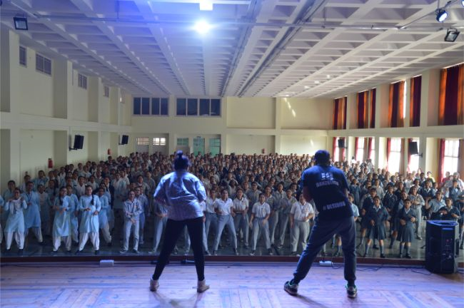 DANCE WORKSHOP BY EXPERT NOMADS AT LCTH.